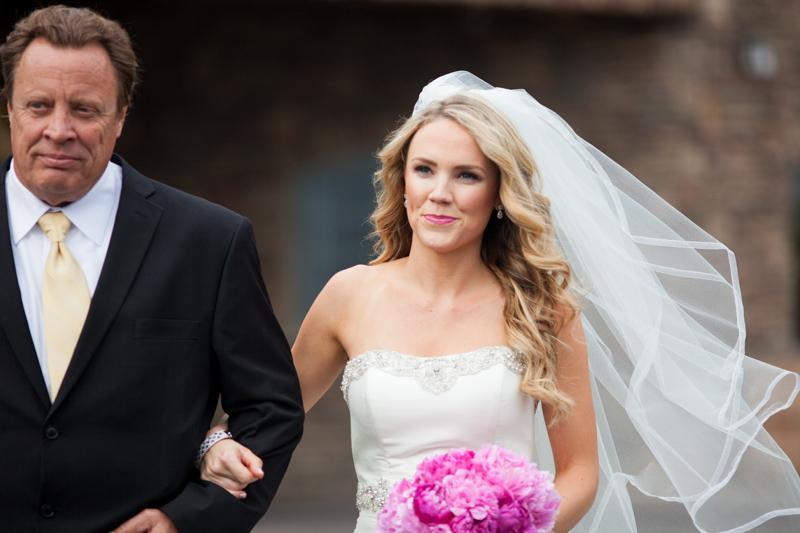 SanDiego-Wedding-LindsayJoey-041.jpg