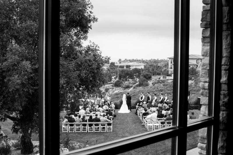 SanDiego-Wedding-LindsayJoey-042.jpg