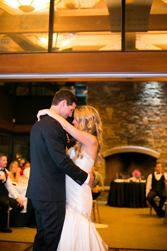 SanDiego-Wedding-LindsayJoey-076.jpg