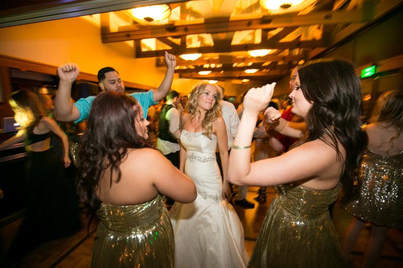 SanDiego-Wedding-LindsayJoey-079.jpg