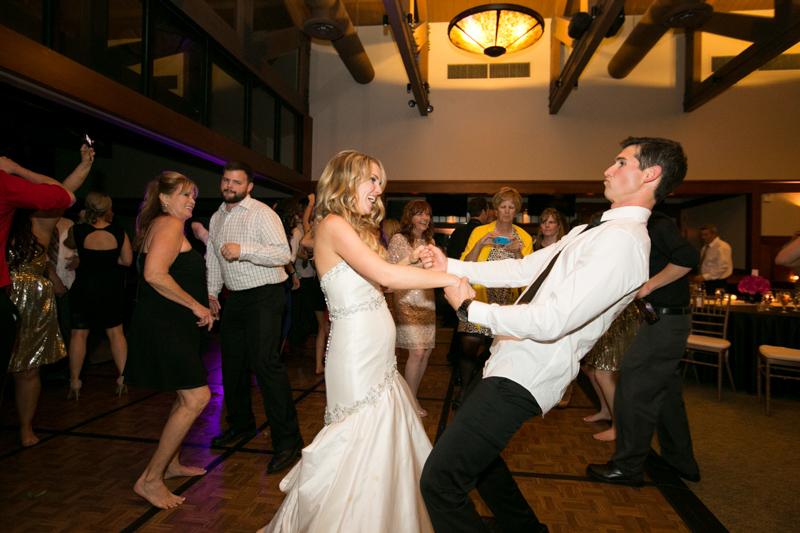 SanDiego-Wedding-LindsayJoey-085.jpg