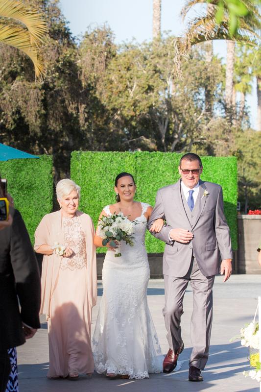 SanDiego-Wedding-JohnnaNic-018.jpg