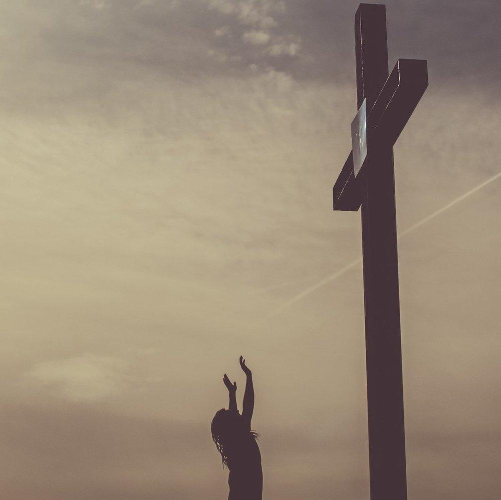 cross worship.jpg
