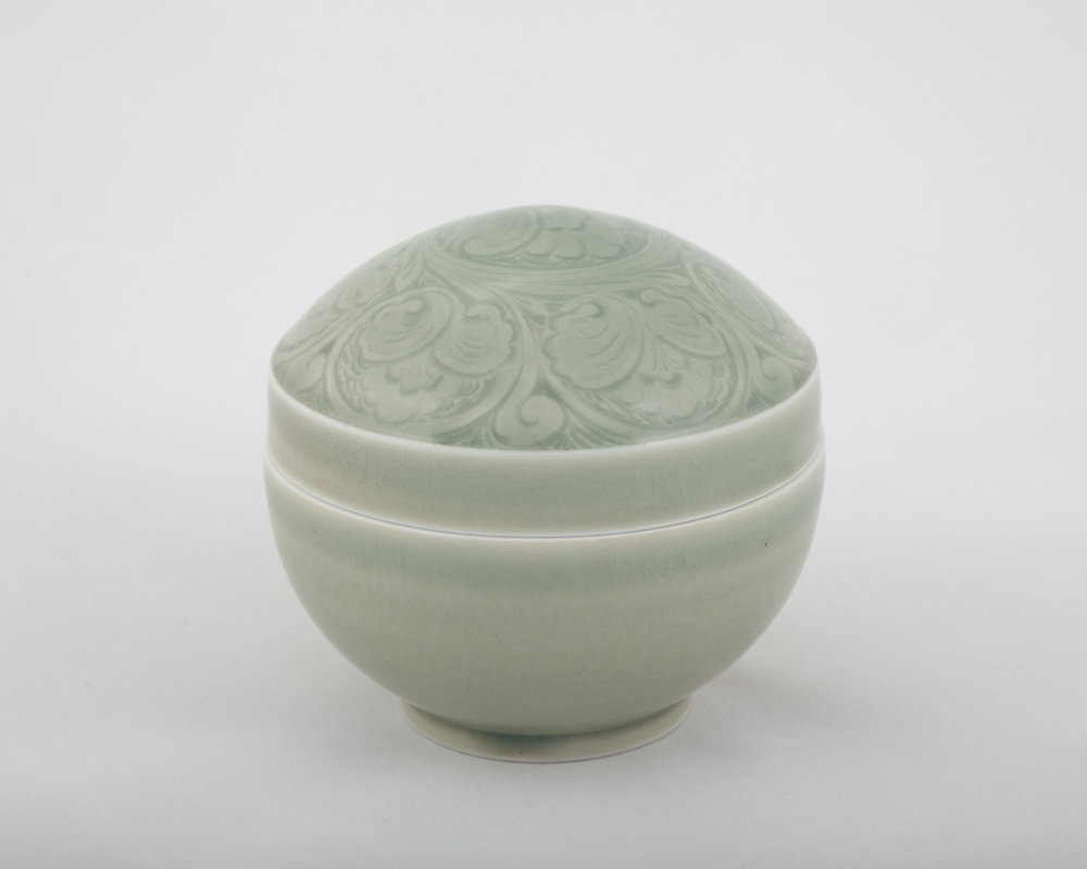 02. Lidded Box.jpg