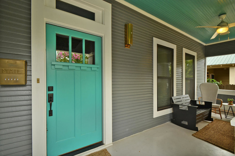 Home renovation in Austin, Texas with custom carpentry.