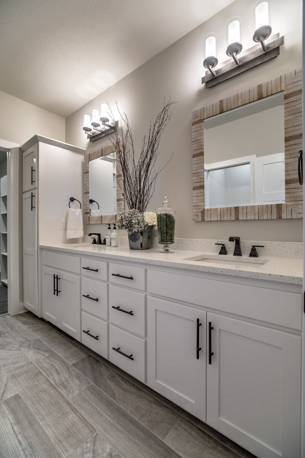 The Master Bathroom | Laid Back Lifestyle