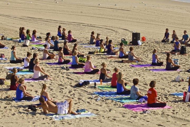 centering and opening meditation, copyright: lululemon athletica Shrewsbury