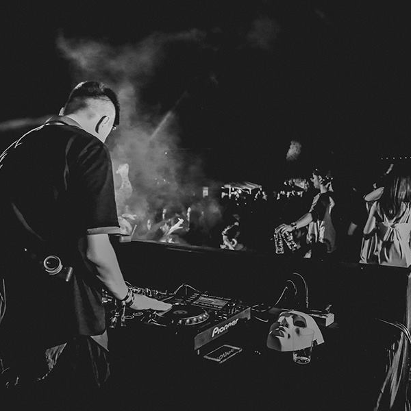 BHQP-China_Tour-2017-yinyang-music-festival-2017--beijing15.png