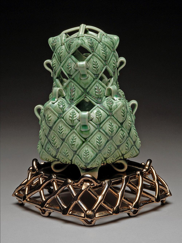 Bohls Green leaf Vase 2011.jpg