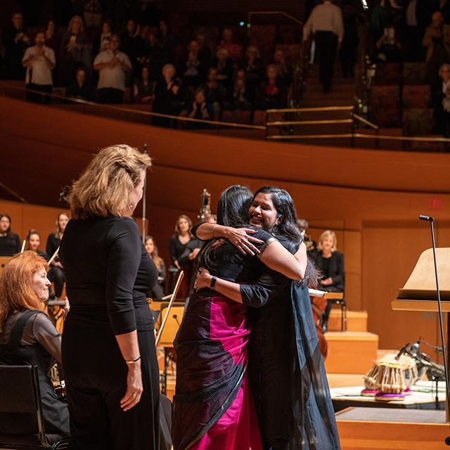 Absolutely love these candid stills from @lamasterchorale concert by the fabulous @jamphamphoto (especially the second one 🤪 #captionthis) • • • • • • • • • • #thislovebetweenus #oratorio @reenaesmailcomposer #western #indian #classicalmusic #waltdisneyconcerthall