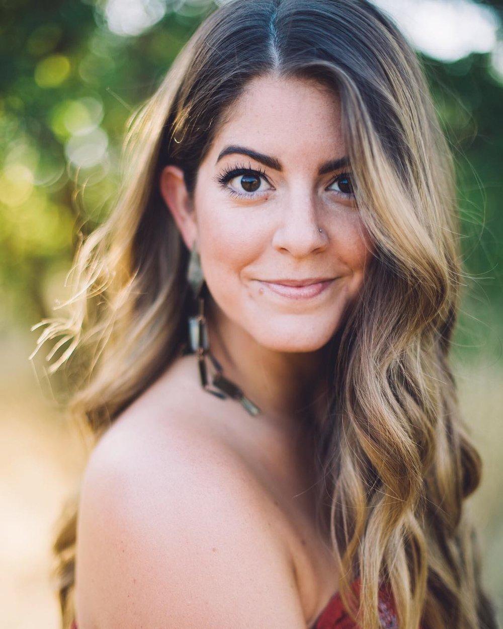 Jennifer-DeBarros.jpg