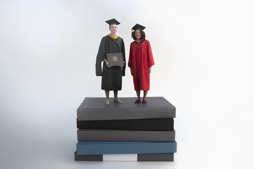 3D_Photo_Figurines_Graduations_1.jpg