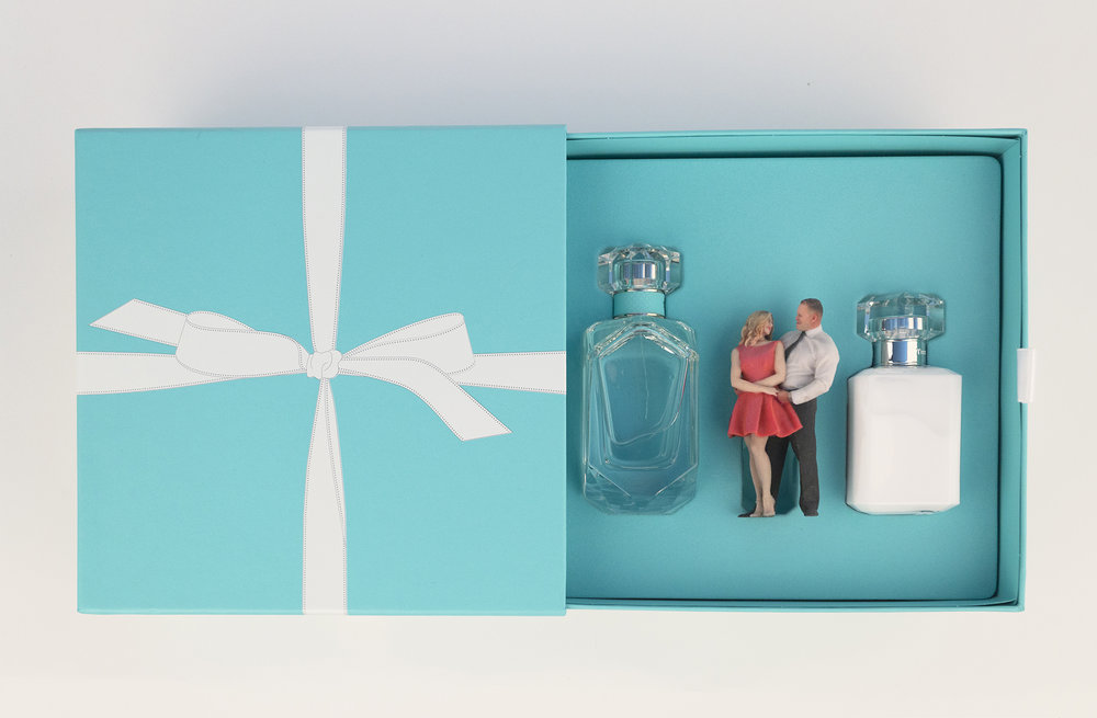 Send a gift - [An unforgettable experience] + [Tangible memory]