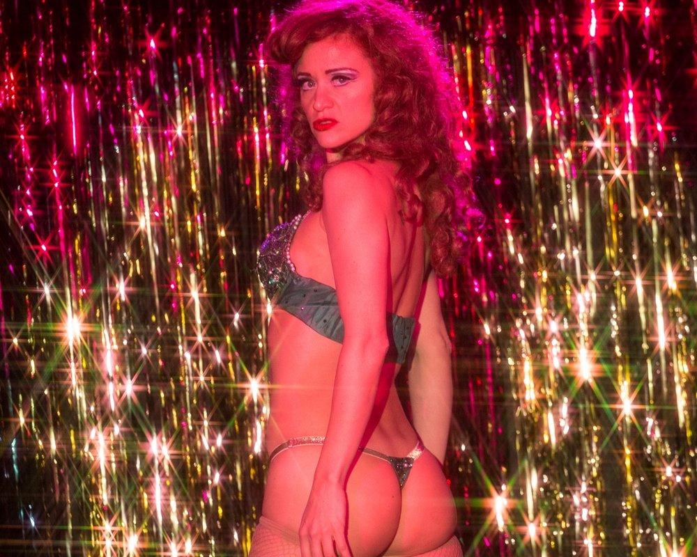 """Francine """"The Lucid Dream"""" onstage at Guadalupe Inn - photo: Matt Josephson"""