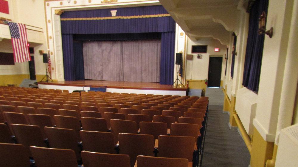 Auditorium_9998.jpg