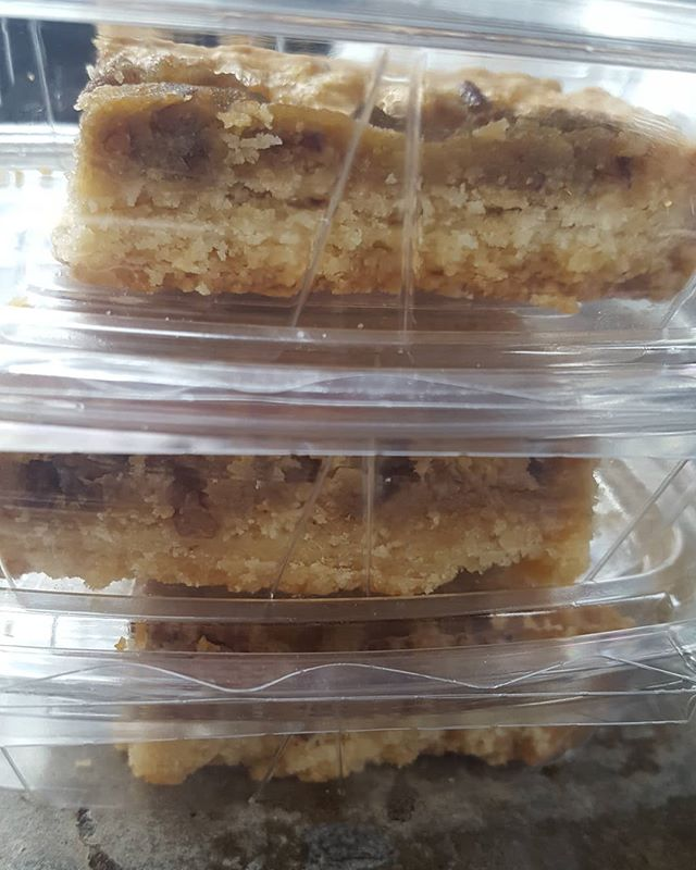Butter Pecan Bars now available at 600 Spring Garden. This and an almond milk @capheroasters latte are a match made in heaven