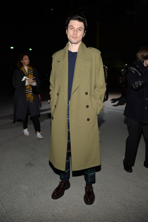James-Bay-at-the-Burberry-February-2018-show.jpg