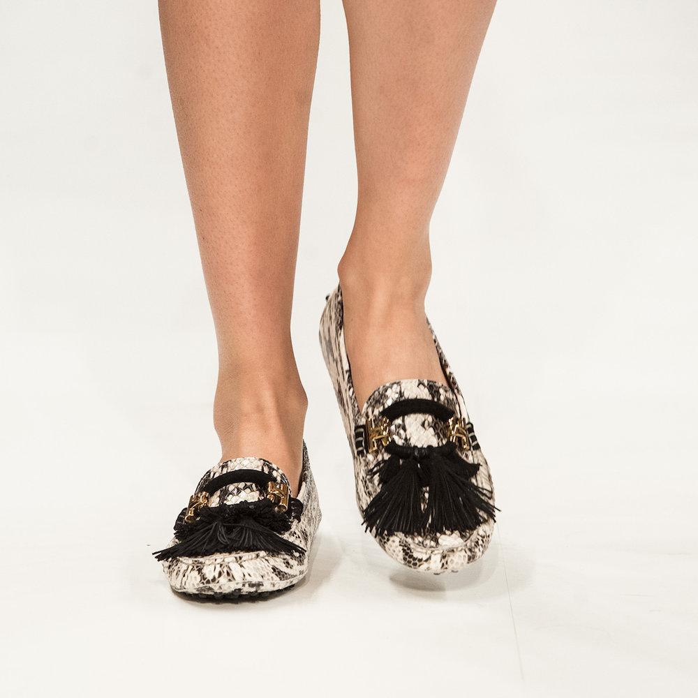 close-up-shoes-11.jpg