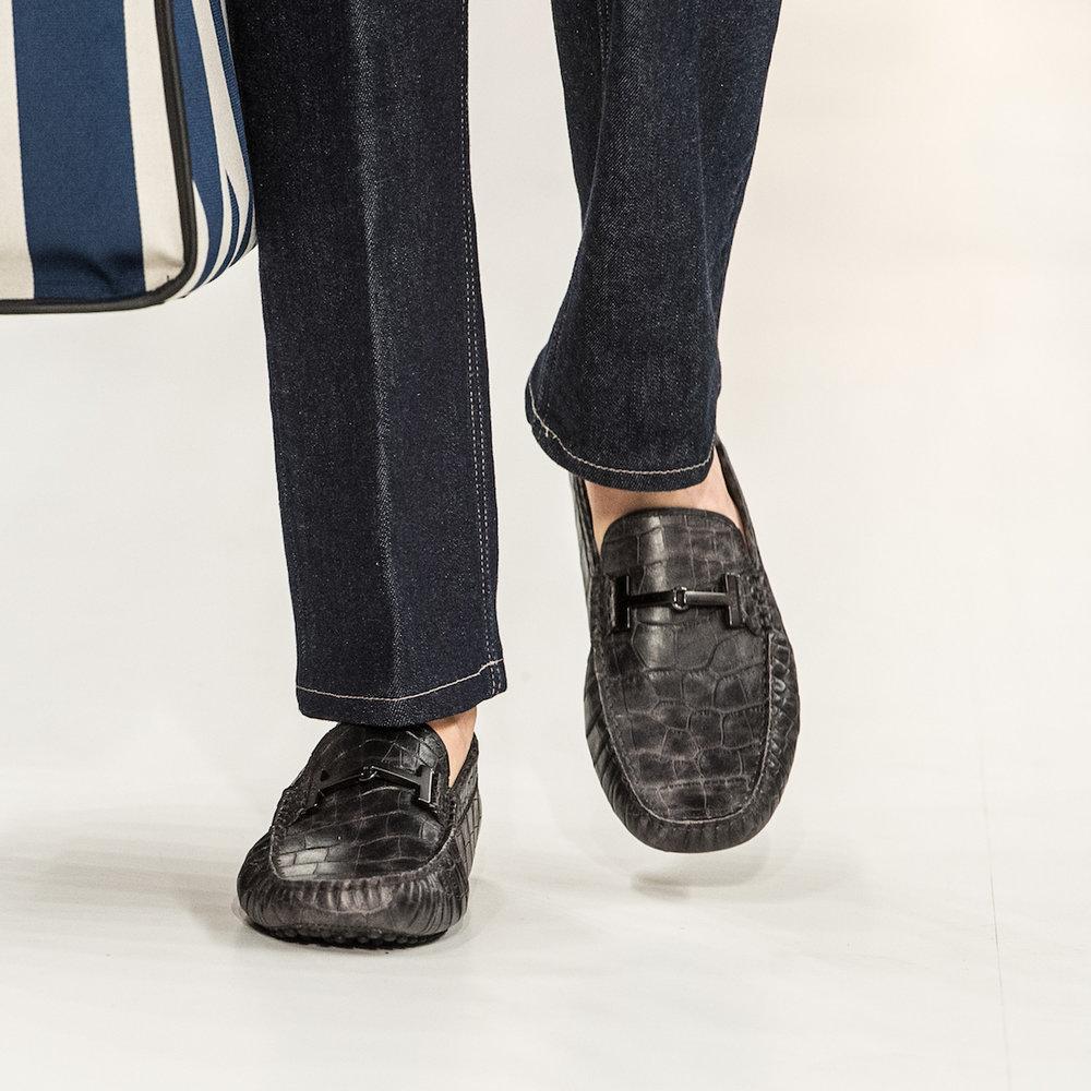 close-up-shoes-23.jpg