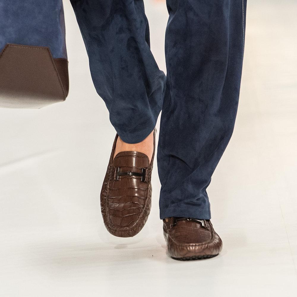 close-up-shoes-32.jpg