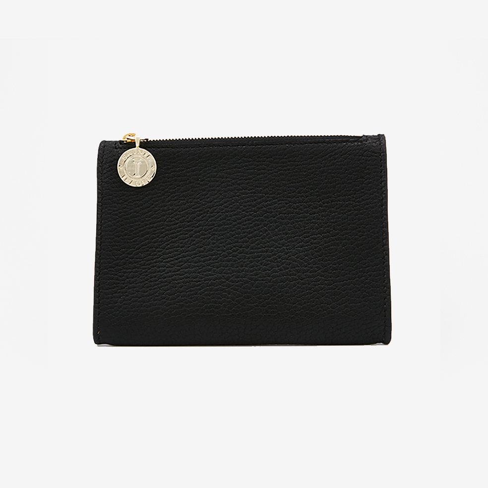 MIKAELA BLACK - 250,00€