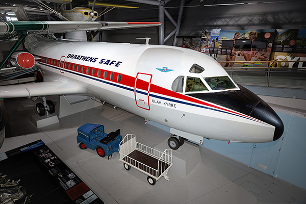 Fokker F-28 1000 Fellowship -