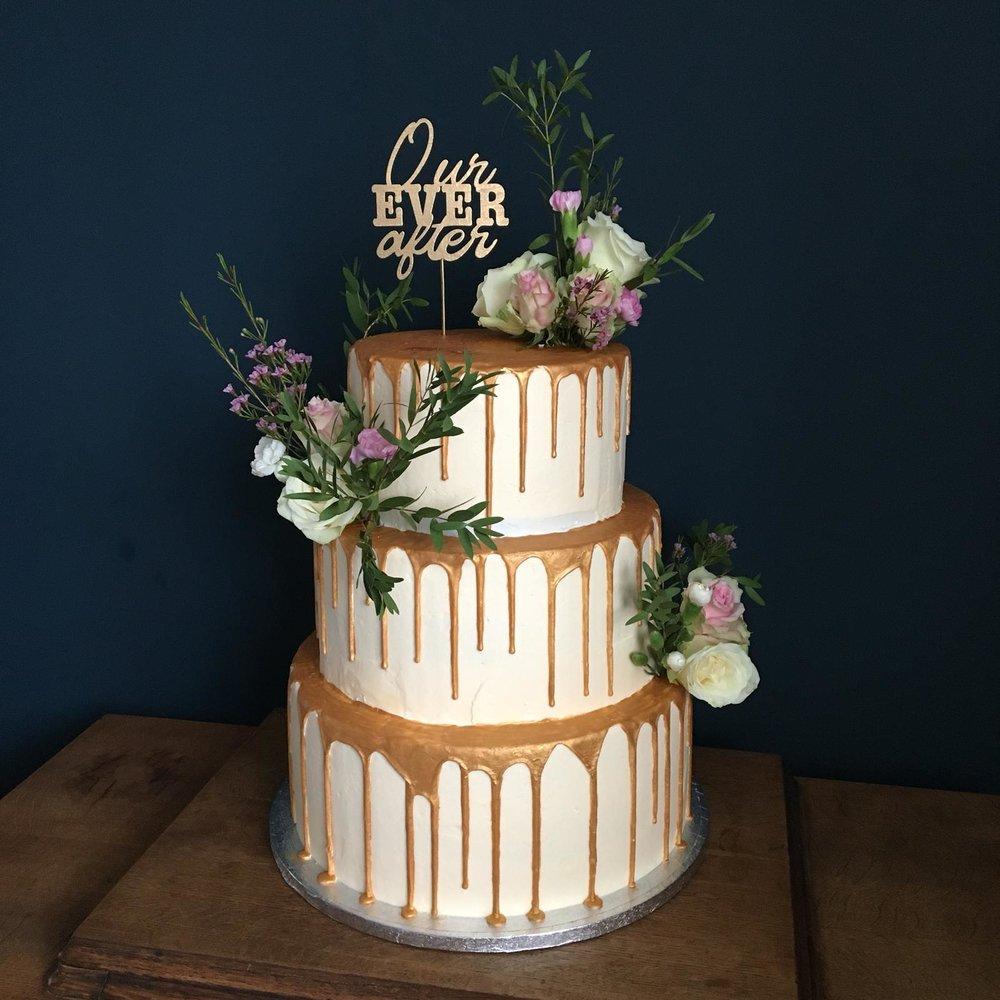 cake_sisters_wedding_cake1.jpg