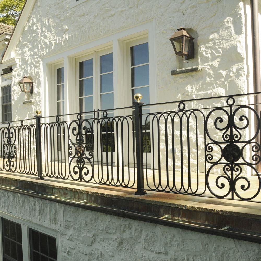 01_balconiesb.jpg