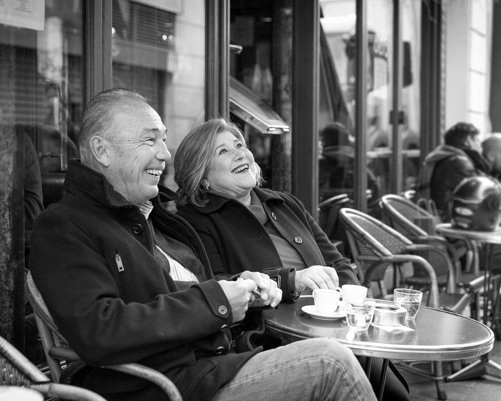 Ines-Aramburo-photographe-paris-couple-engagement-savethedate-proposal-lifestyle-photographer-15.jpg