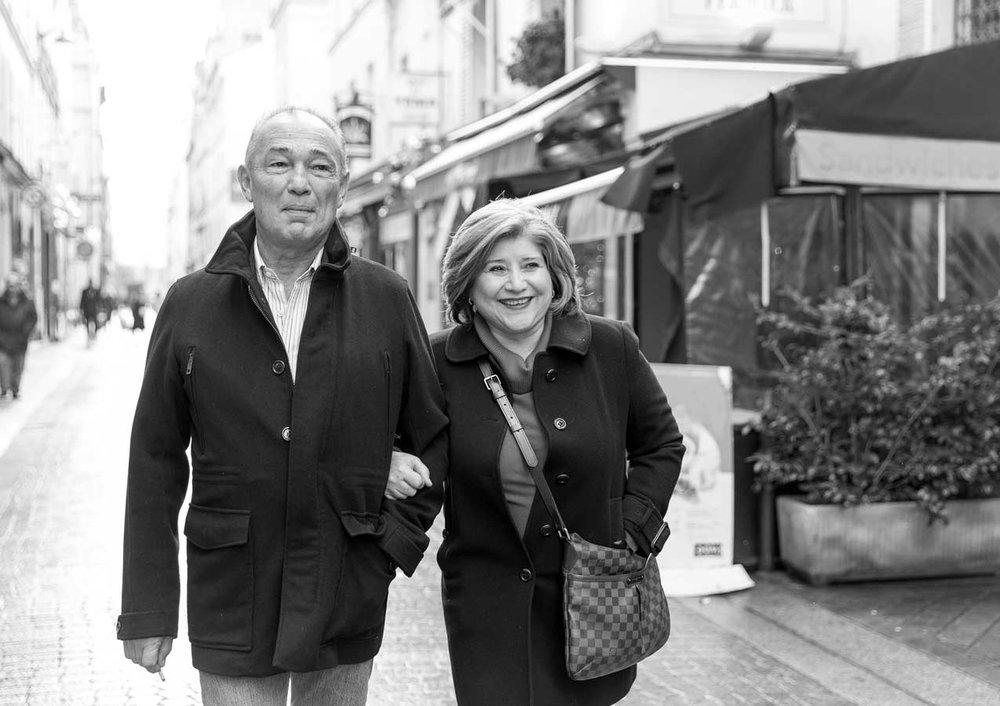 Ines-Aramburo-photographe-paris-couple-engagement-savethedate-proposal-lifestyle-photographer-13.jpg