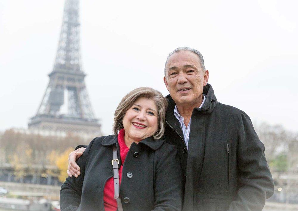 Ines-Aramburo-photographe-paris-couple-engagement-savethedate-proposal-lifestyle-photographer-8.jpg