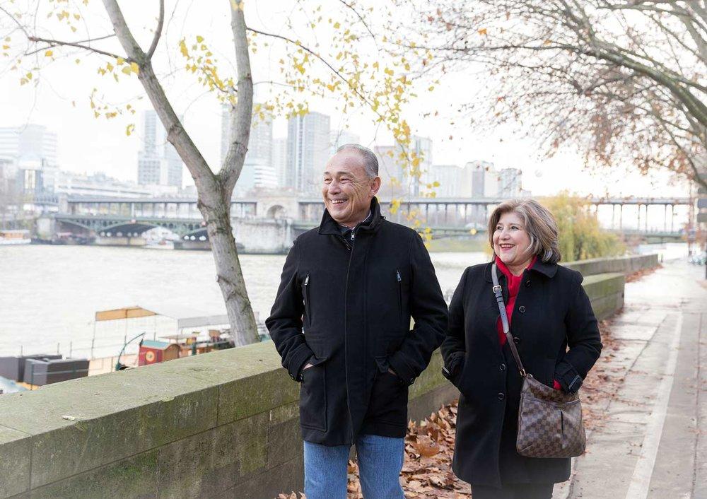 Ines-Aramburo-photographe-paris-couple-engagement-savethedate-proposal-lifestyle-photographer-14.jpg