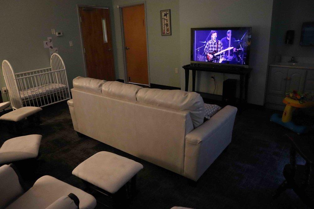 Family Lounge 1.jpg