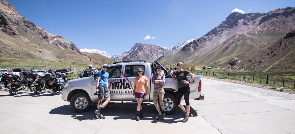 The 2016 team at the start of the expedition. L-R: Kristina Kurcinka, Teresa Weygandt, Libby Sauter, Sunny Stroeer
