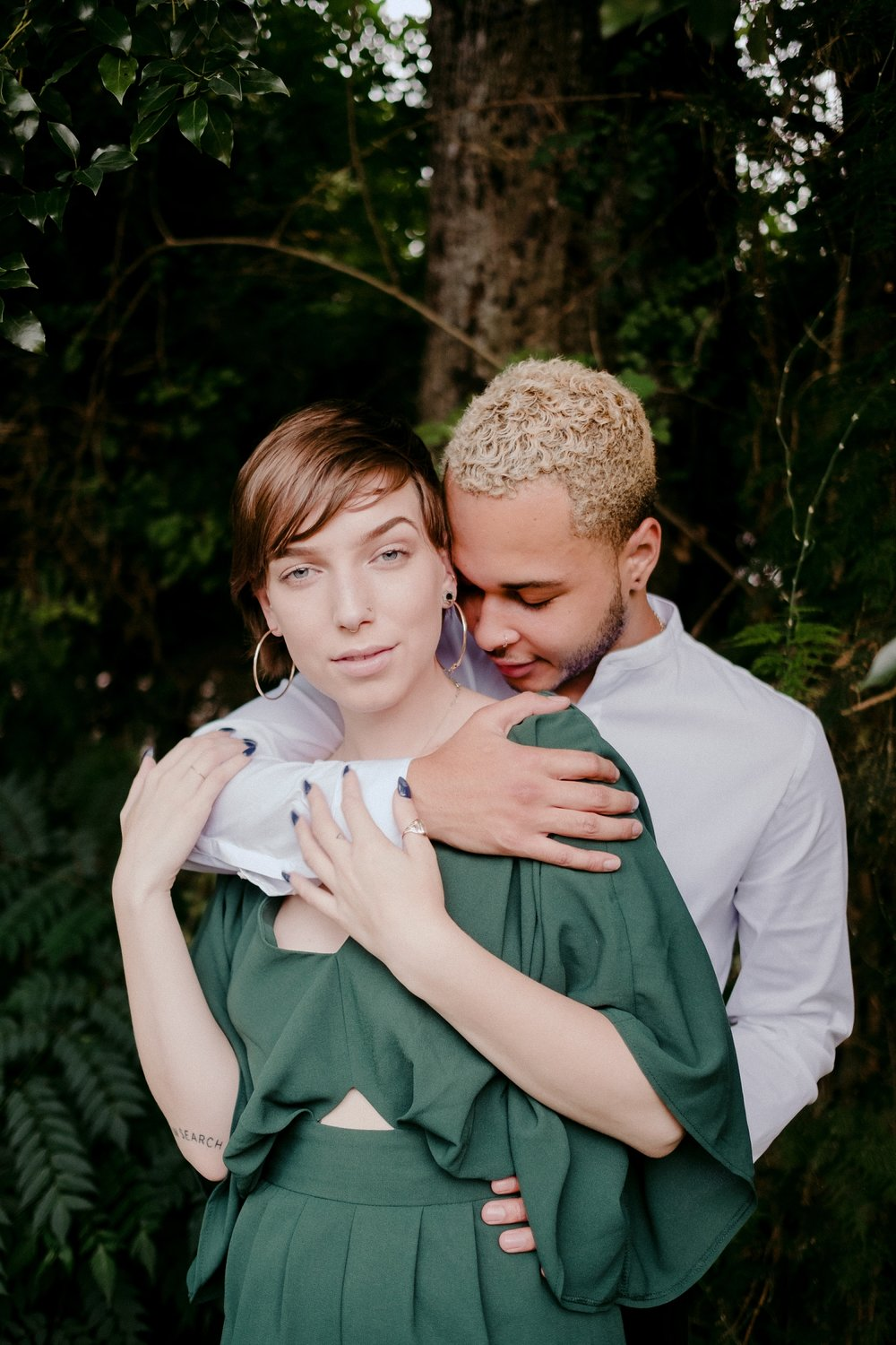 Lauren-And-Dom-Orlando-In-Home-Couples-Session-_0011.jpg