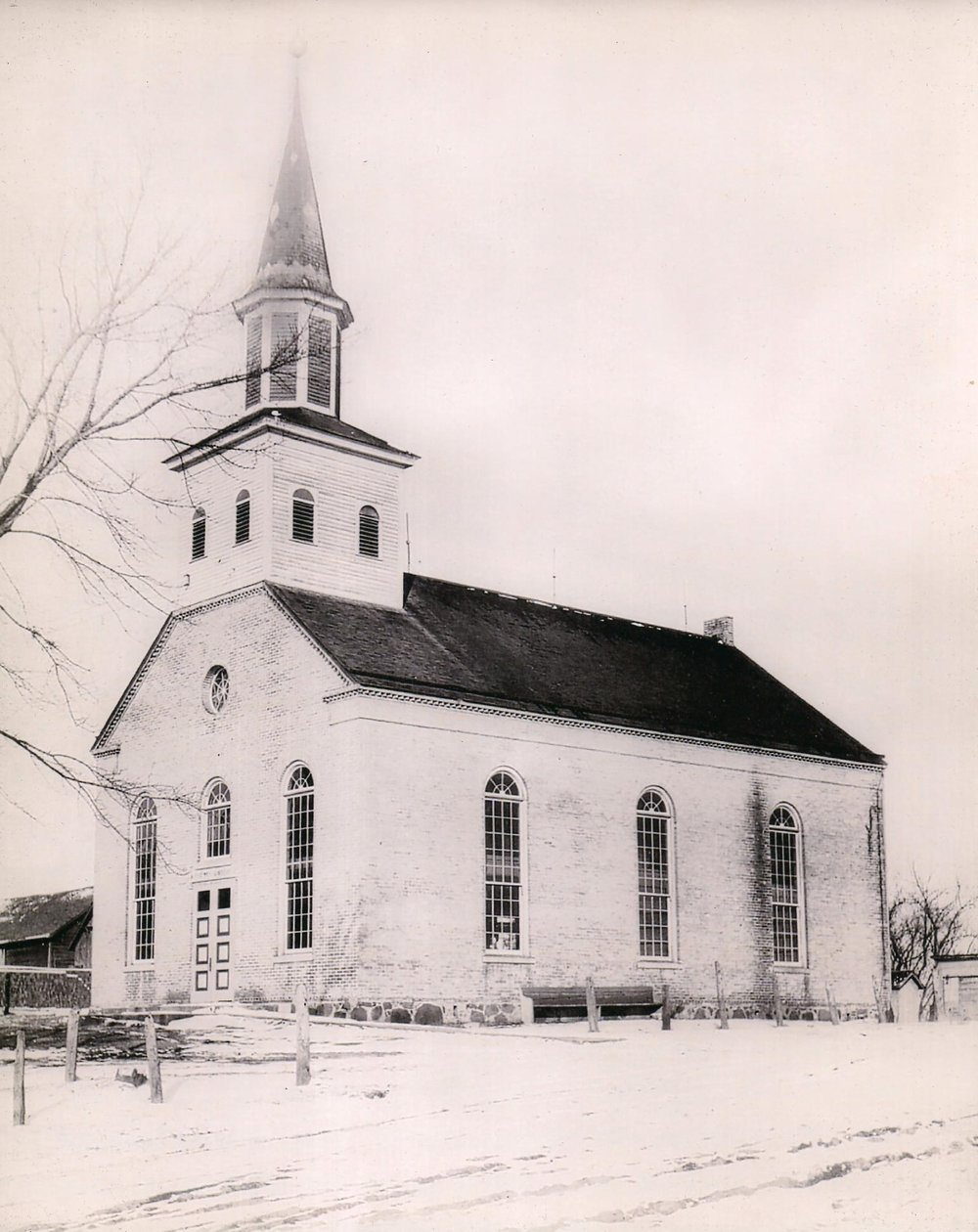 Immanuel Church before Fire.jpeg