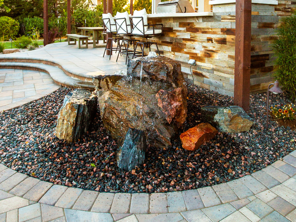 WATERFEATURES -