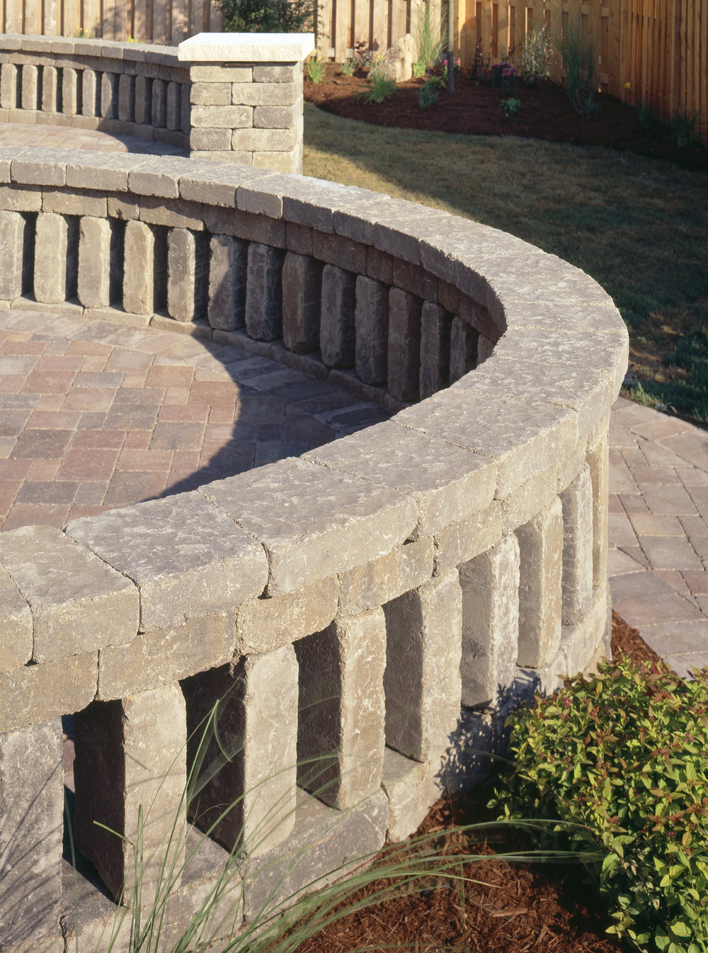 Outdoor-Living-Belgard-Pavers-Weston-Wall-3.jpg