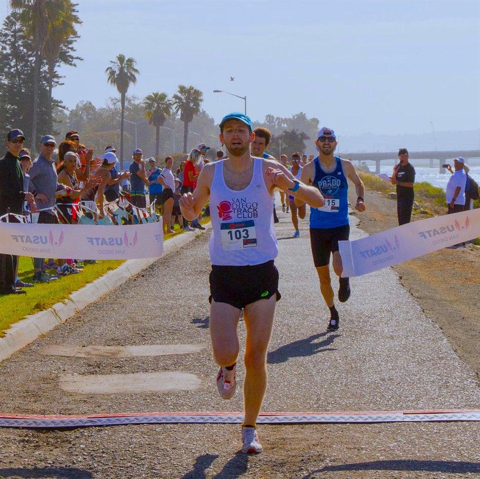 Cinco de Mile 2018 Men Finish EDIT.jpg
