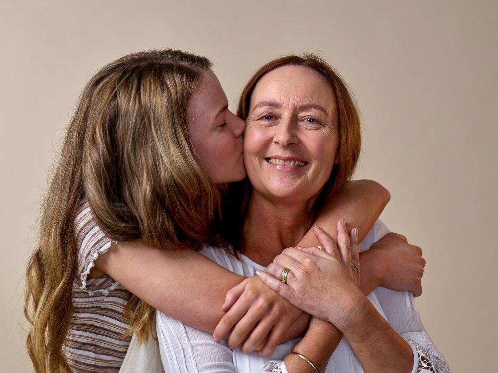 Elyse and her mum, Carolyn.