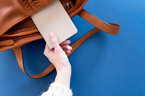 set-design-le-papier-fait-de-la-resistance-04.jpg