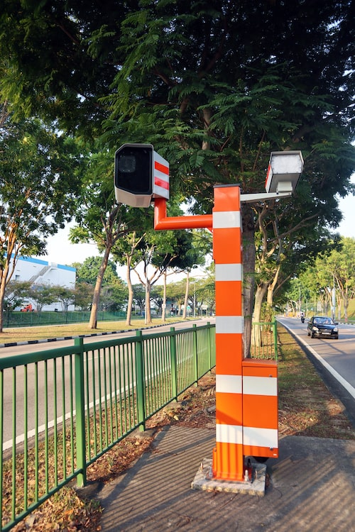 https://www.motorist.sg/article/127/5-types-of-traffic-cameras-in-singapore