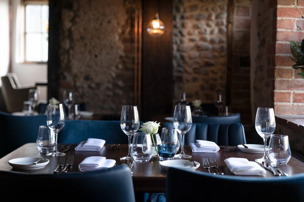 Ingham-Swan-Fiona-Burrage-Photographer-Restaurant.jpg