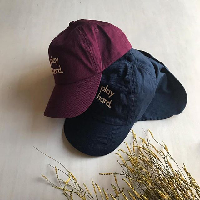 Collaboration of navy & burgundy kids caps for @kinuandkotta 🇯🇵 we have the black ones available from our store #Nor_Folk