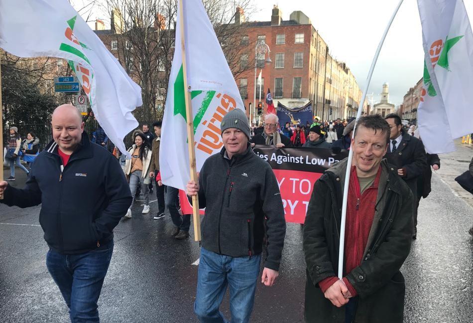 Éirígí activists on the streets of Dublin in support of our nurses