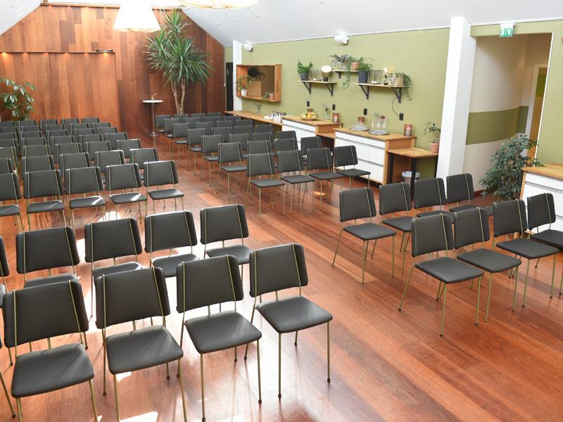 Samhörigheten, vår största konferenslokal som tjänar både som restaurang och föreläsningssal