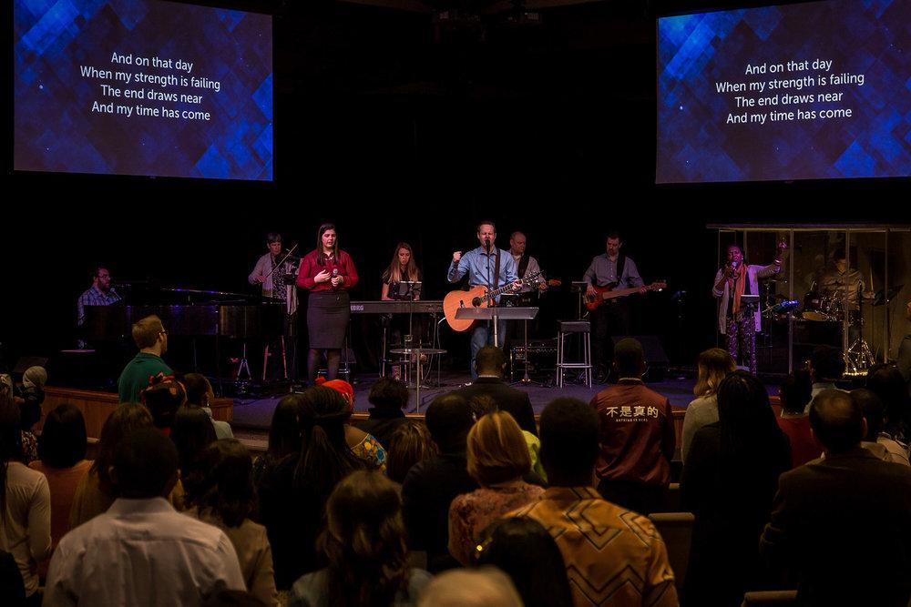 Worship_Service_Conregation.jpg