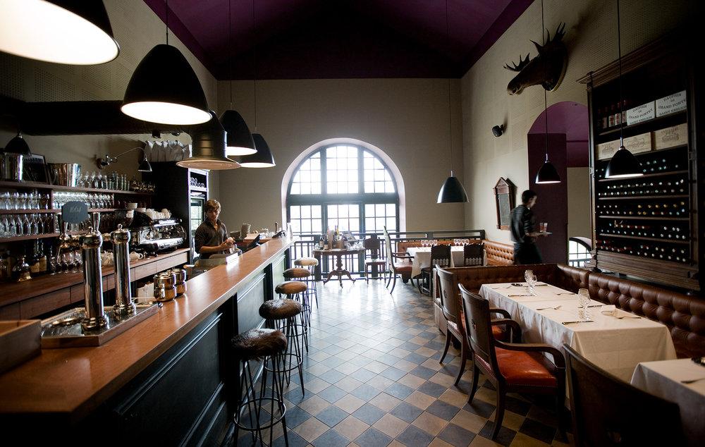 HVH-restaurant-10.jpg