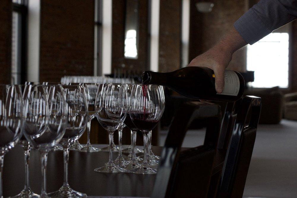 neyers-wine-tasting-village-wine-Effingham-2.jpg