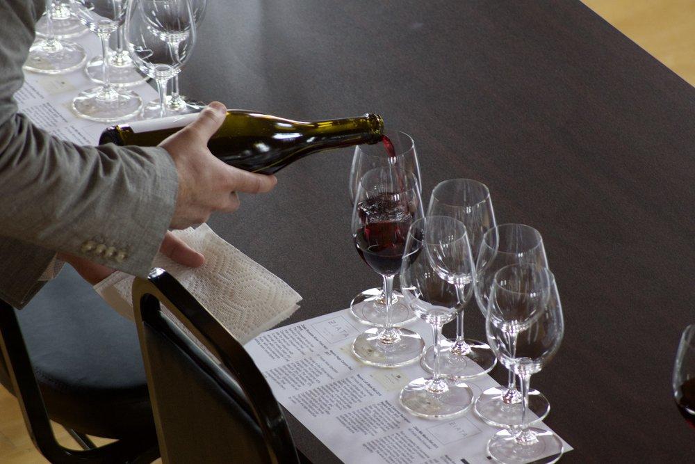 neyers-wine-tasting-village-wine-Effingham-4.jpg